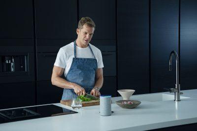 blueair_alexa_lifestyle_kitchen